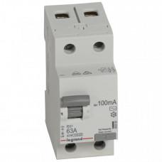 Выключатель дифференциальный (УЗО) RX3 2п 63А 100мА тип AC | 402030 | Legrand