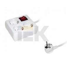 Удлинитель У-С03К-выкл. 3 места 2Р+PЕ/5метров 3х1мм2 16А/250 | WYP30-16-03-05-ZK-N | IEK
