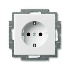 Розетка без рамки с защитной шторкой с/з бел. Zena EL-BI   609-010200-243   ABB
