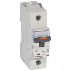 Выключатель автоматический однополюсный DX3 32А C 25кА (1,5 мод) | 409758 | Legrand