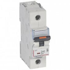 Выключатель автоматический однополюсный DX3 40А D 25кА (1,5 мод) | 409811 | Legrand