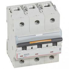 Выключатель автоматический трехполюсный DX3 25А MA 25кА (4,5 мод)   409883   Legrand