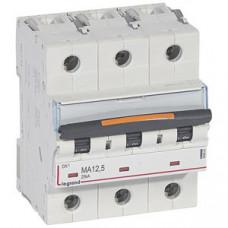 Выключатель автоматический трехполюсный DX3 12,5А MA 25кА (4,5 мод)   409881   Legrand